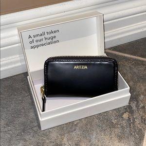 Small Aritzia Change Wallet